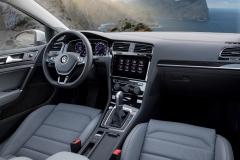Volkswagen Golf Variant 2017 (18)