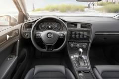 Volkswagen Golf Variant 2017 (24)