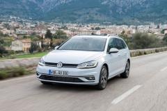 Volkswagen Golf Variant 2017 (3)