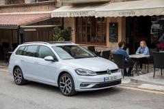 Volkswagen Golf Variant 2017 (6)