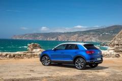 Volkswagen T-Roc 2017 (3)