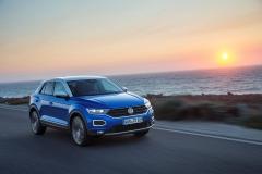 Volkswagen T-Roc 2017 (4)