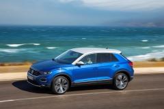 Volkswagen T-Roc 2017 (6)