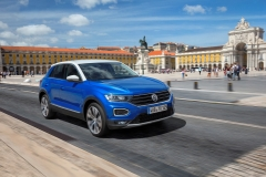 Volkswagen T-Roc 2017 (7)
