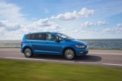 Volkswagen Touran 2015 (2)