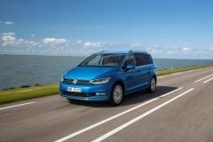Volkswagen Touran 2015 (3)
