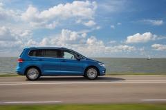 Volkswagen Touran 2015 (4)