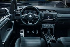 Volkswagen Touran R-Line 2015 (5)