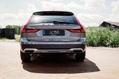 Volvo V90 Cross Country 90th Anniversary Edition 2017 (2)