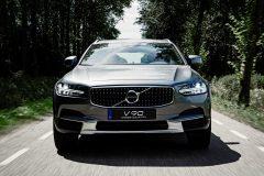 Volvo V90 Cross Country 90th Anniversary Edition 2017 (3)