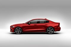 230905_New_Volvo_S60_R-Design_exterior