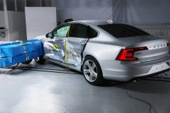 Volvo S90 2017 (Euro NCAP) (2)