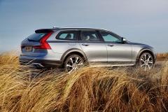 Volvo V90 Cross Country 2017 (6)