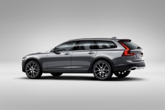 Volvo V90 Cross Country 2017 (3)