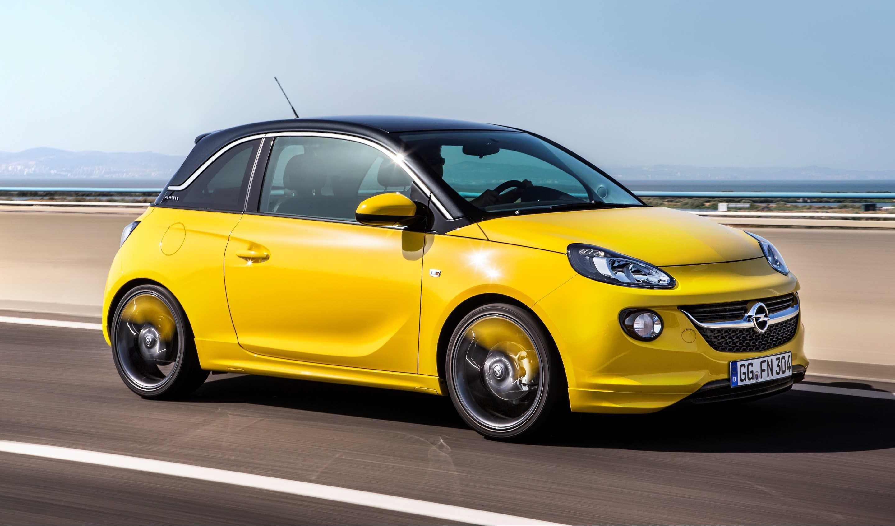 Opel Adam smartphone draadloos opladen 2016