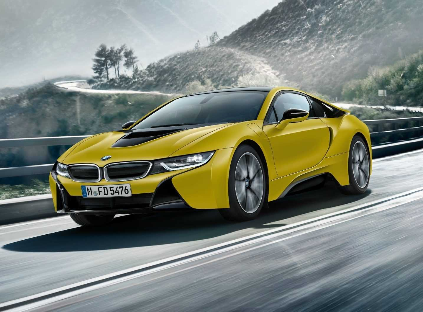 BMW i8 Protonic Frozen Yellow Edition 2017