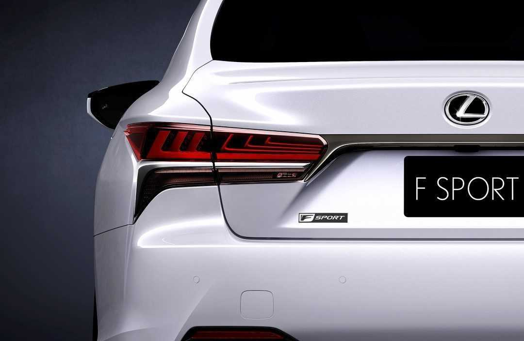 Lexus LS 500 F Sport 2017 (teaser)