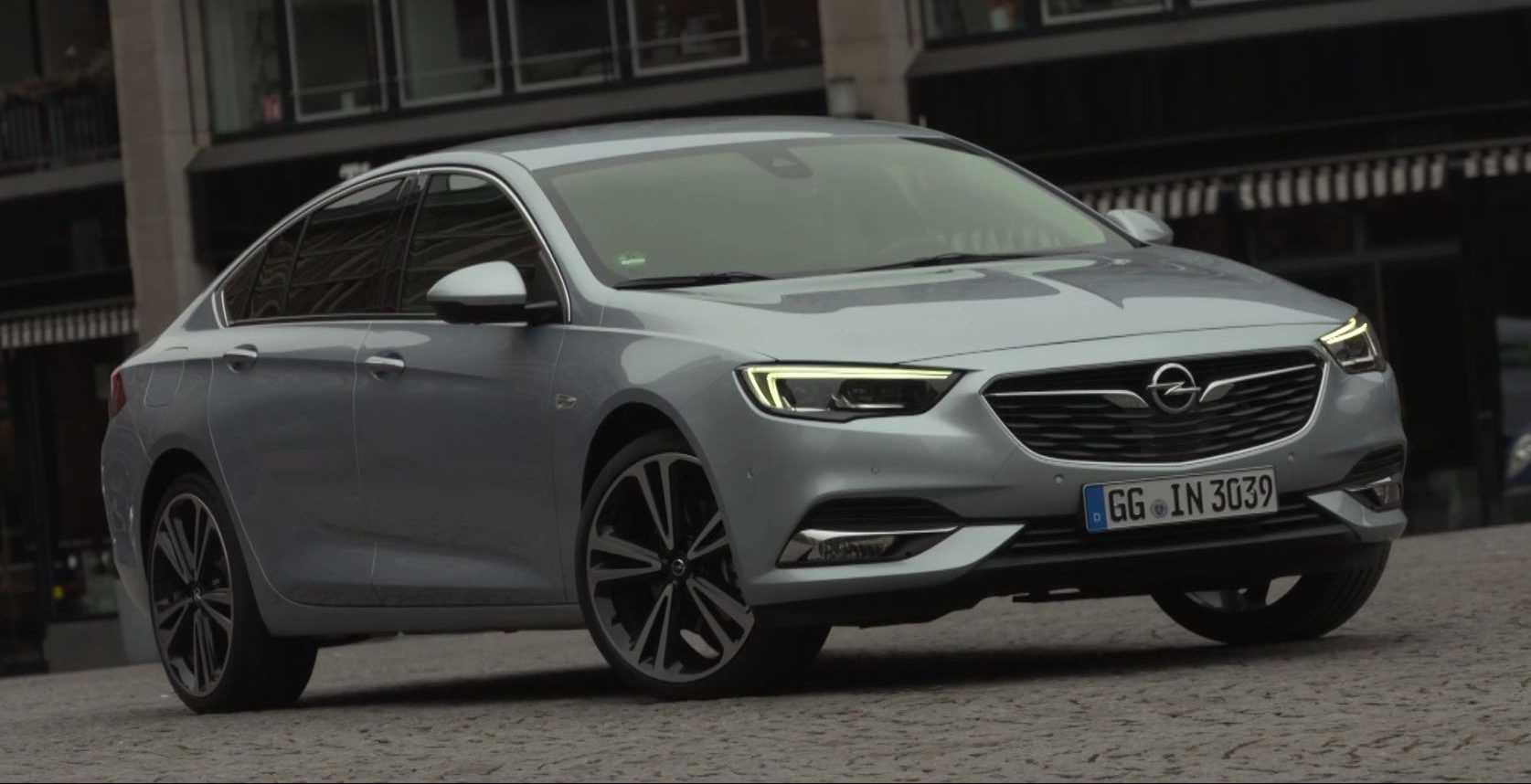 video opel insignia grand sport 2017. Black Bedroom Furniture Sets. Home Design Ideas