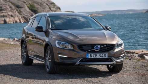 Volvo V60 Cross Country 2016
