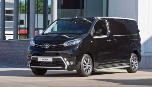 Toyota ProAce Black Platinum 2017