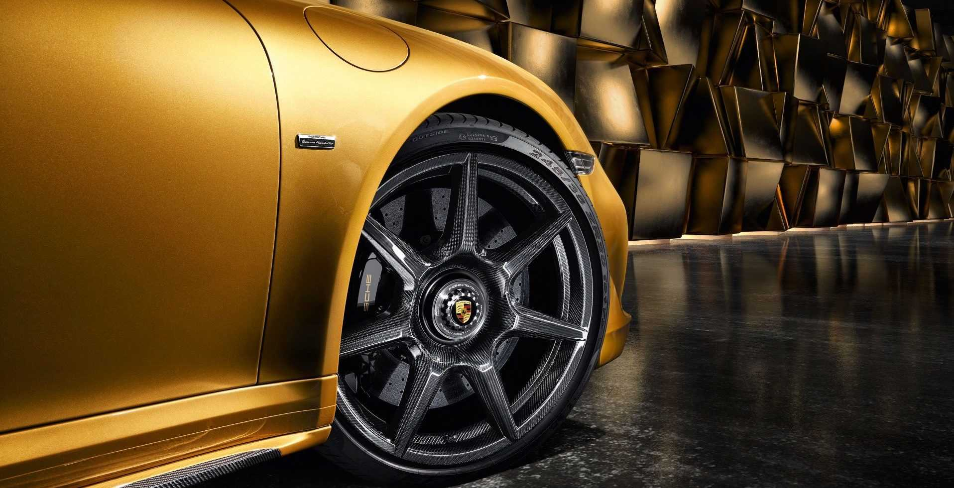 Porsche 911 Turbo S Exclusive Series 2017 (carbon wheel)