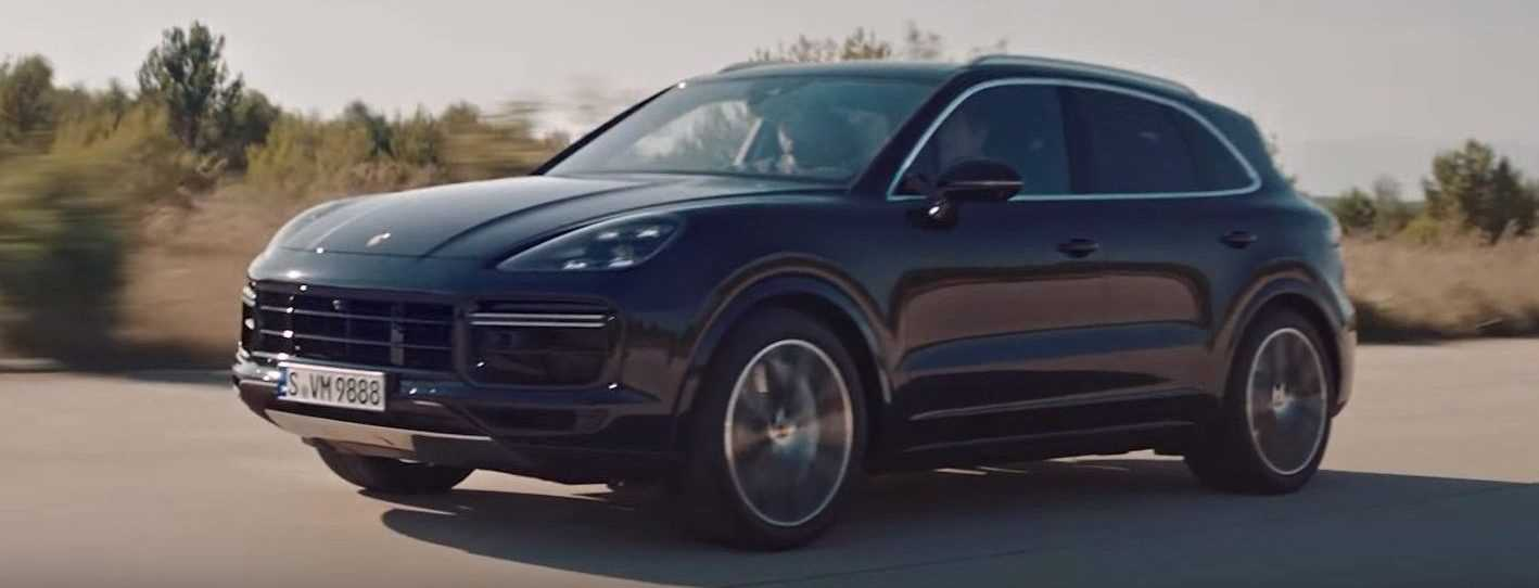 video porsche cayenne turbo 2018. Black Bedroom Furniture Sets. Home Design Ideas