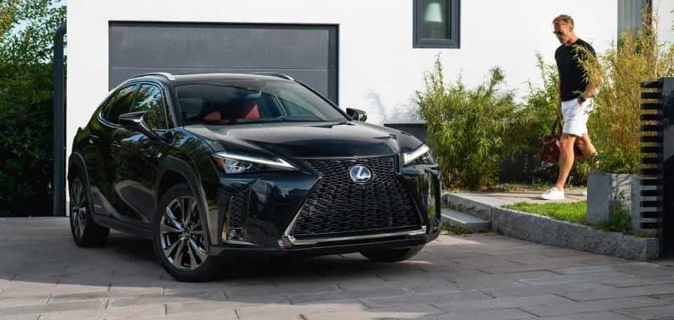 Lexus UX Graphite Black
