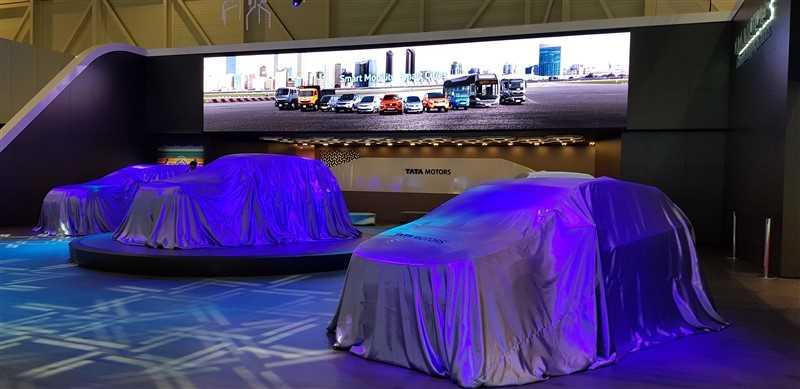 persconferentie autobeurs Tata