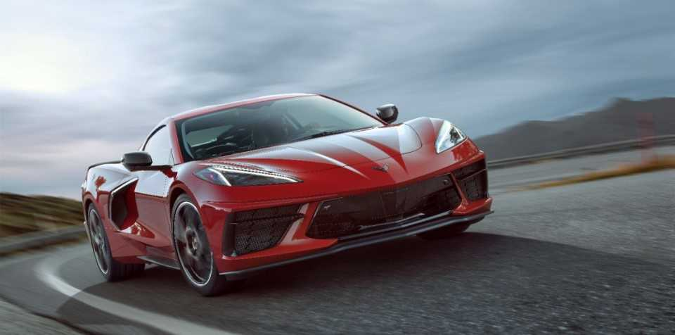 2020-Chevrolet-Corvette-Stingray-007-960-x-476