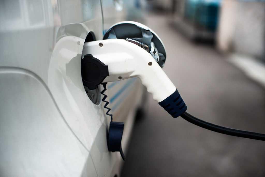 Charging 11 kW of 22 kW