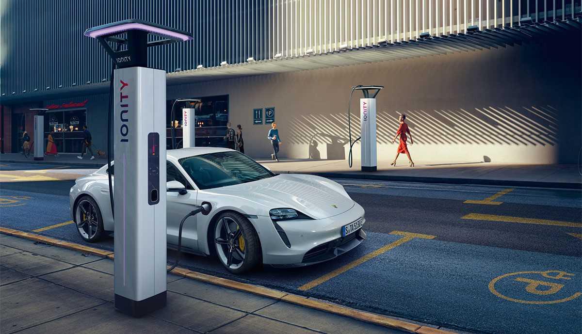 snelladen auto Ionity Porsche Taycan