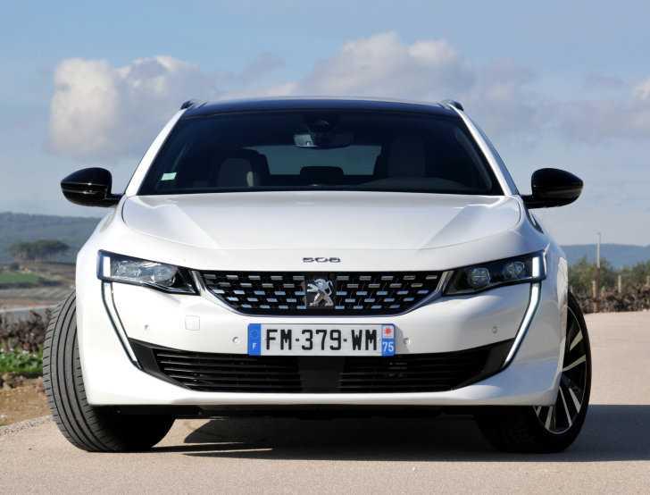 rijtest Peugeot 508 hybrid