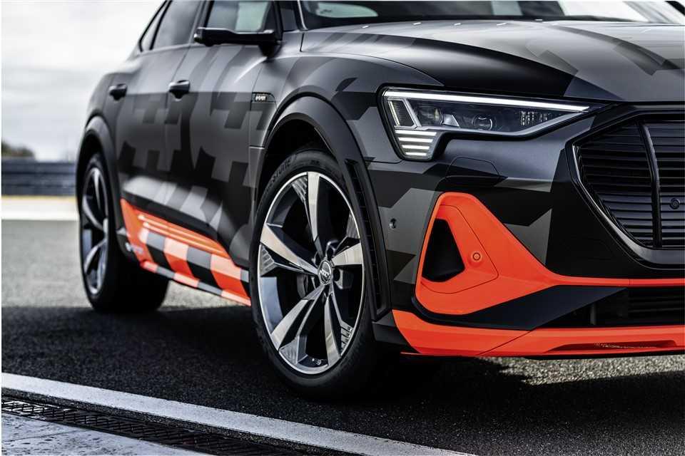 Audi e-tron s (5)