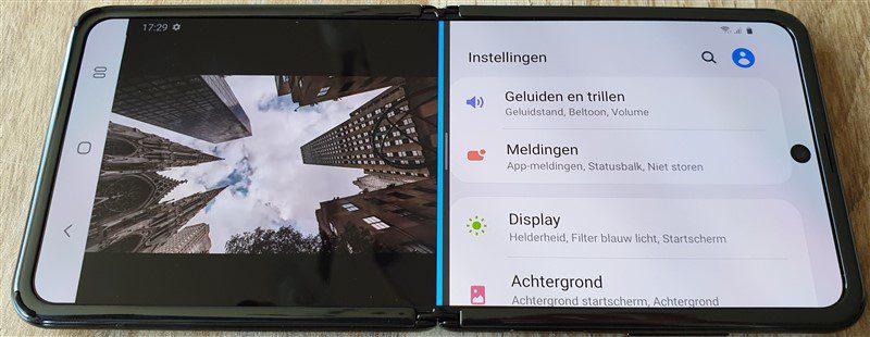 Opengeklapt Galaxy Z Flip