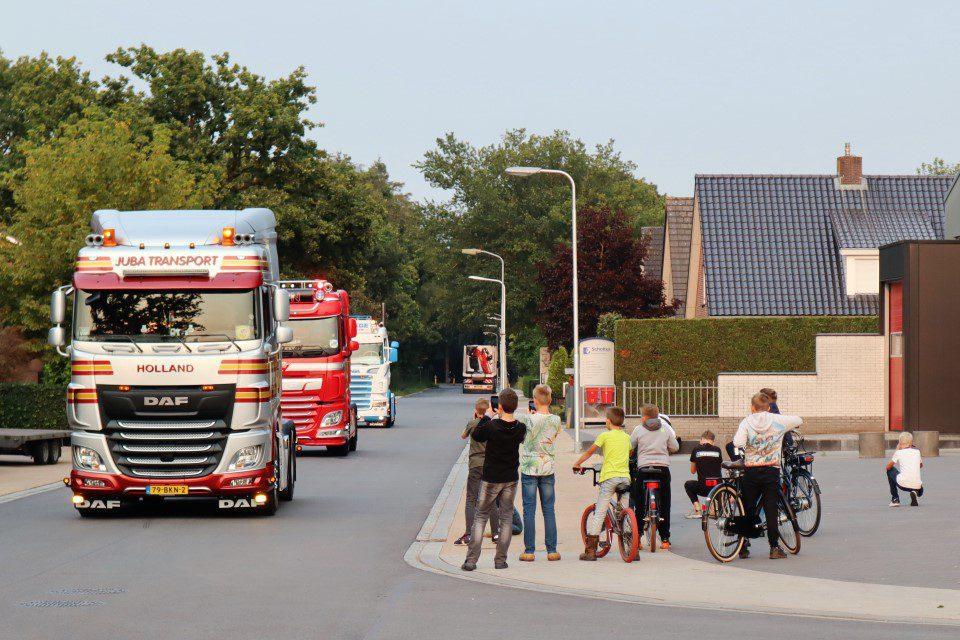 Truck spotters