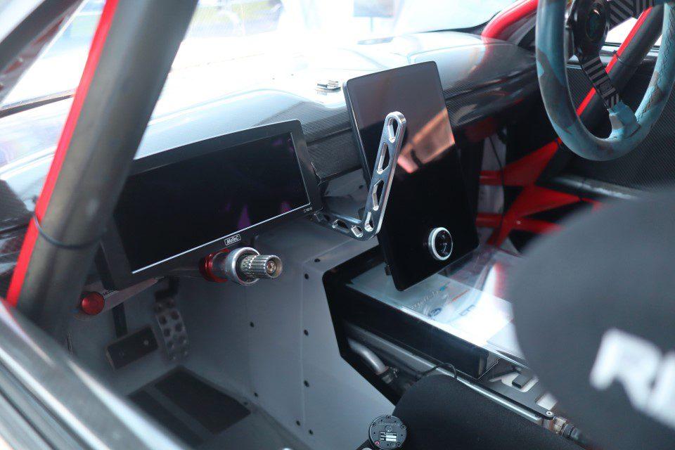 Ford Mustang Mach-E 1400 interieur