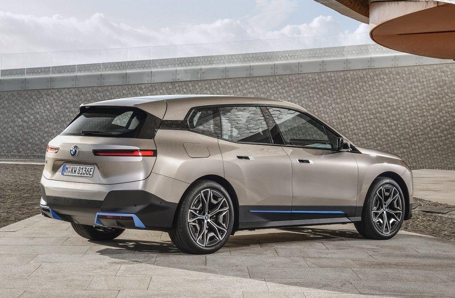BMW iX2