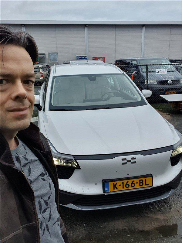 rijtest met de eerste Nederlandse testauto Aiways U5