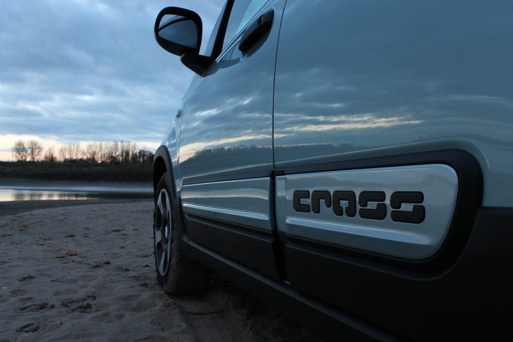 Fiat Panda Cross zonsondergang