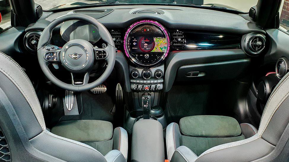 Interieur MINI cabrio JCW 2021