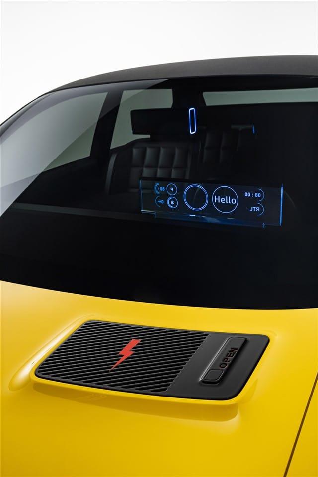 laadklep verraadt de elektrische aandrijving van de Renault 5