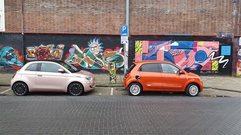 laden Fiat 500e 11kW AC en 50 tot 85 kW DC