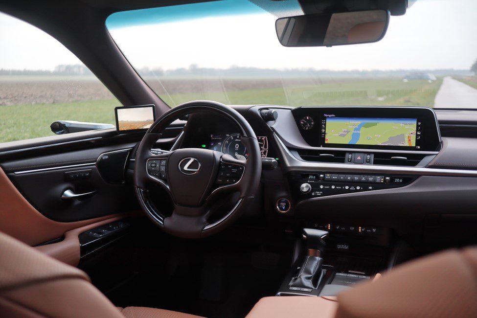 Lexus ES300h interieur