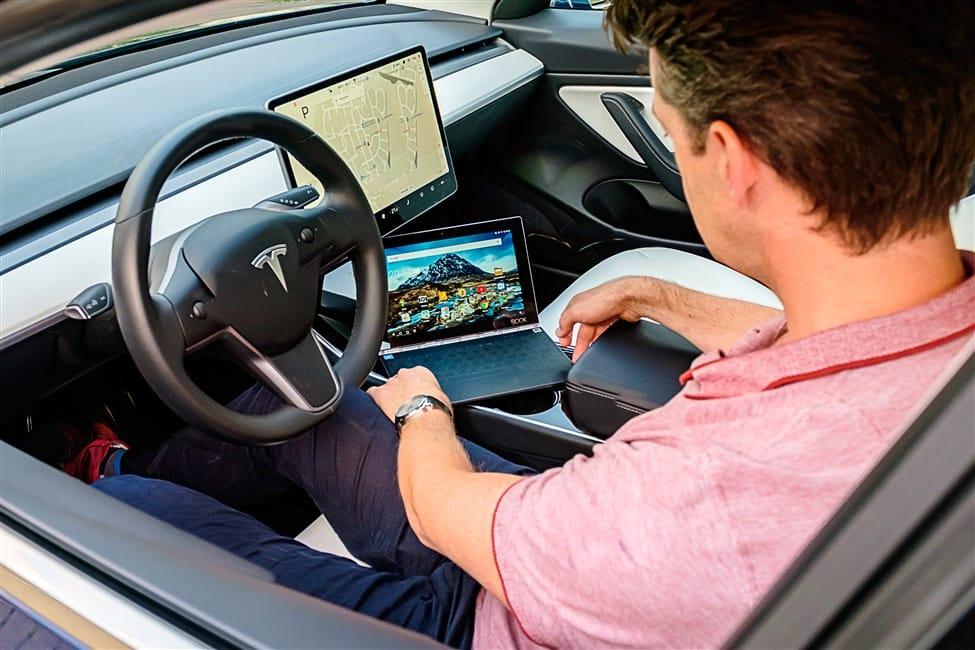Tesla Model 3 Lenovo tablet