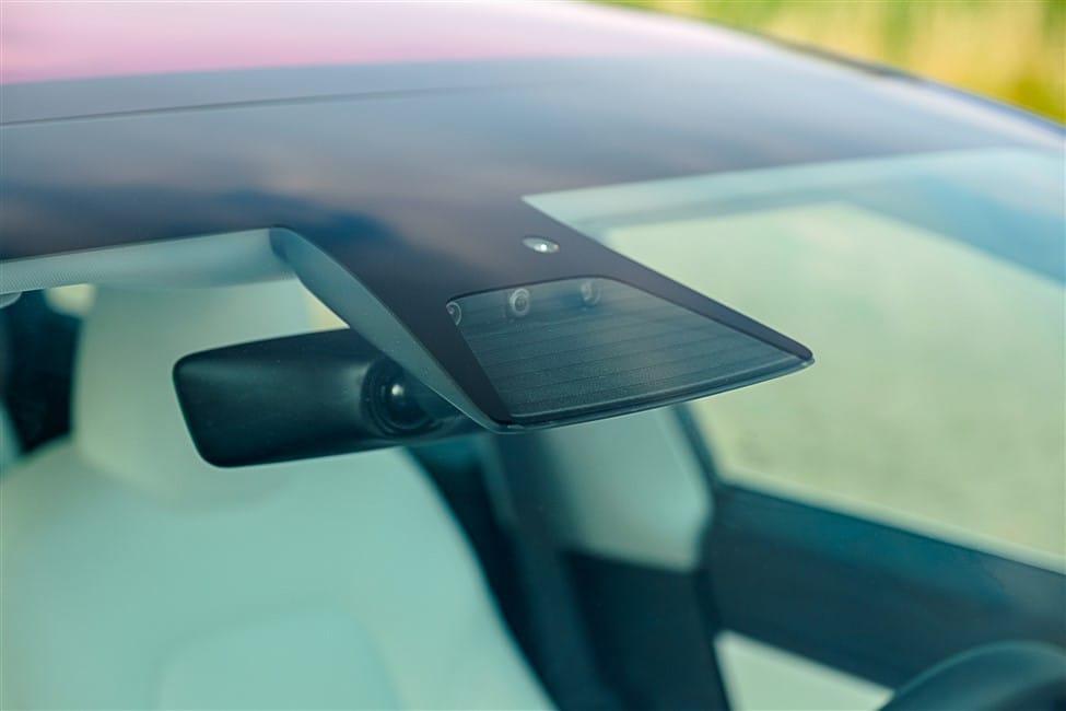 camera achter voorruit Tesla Model 3 Auto Pilot