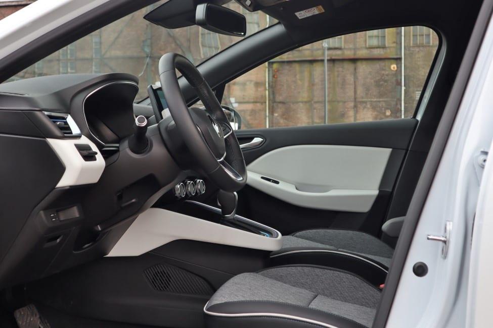 Renault Clio interieur