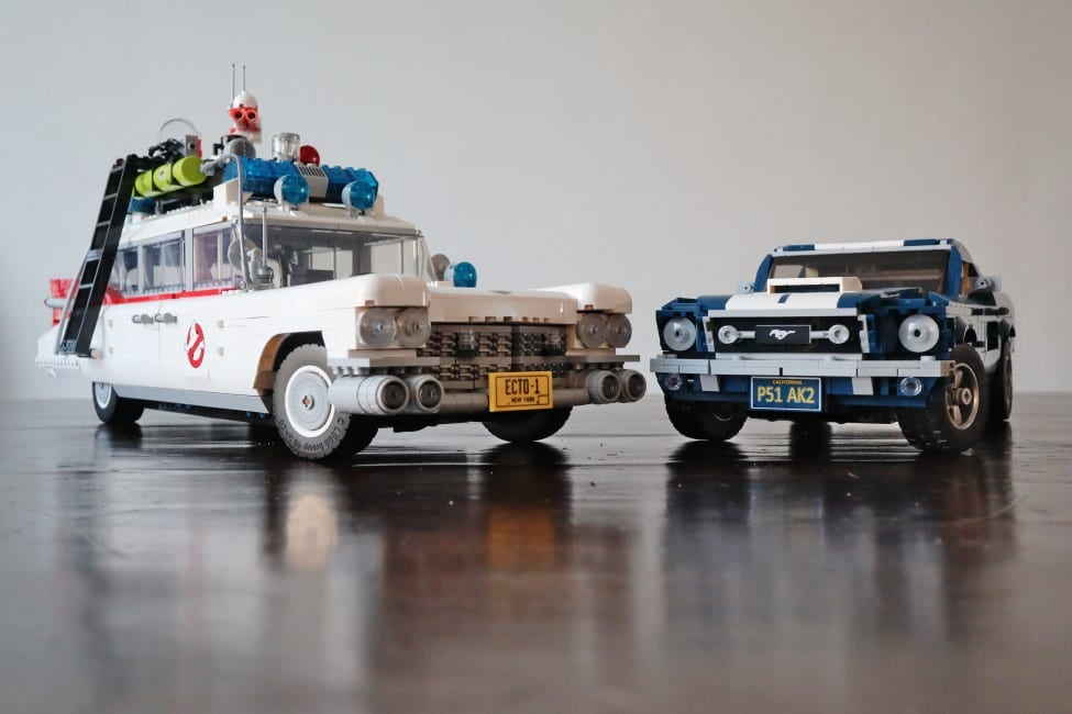 LEGO Ghostbusters ECTO-1 en LEGO Ford Mustang