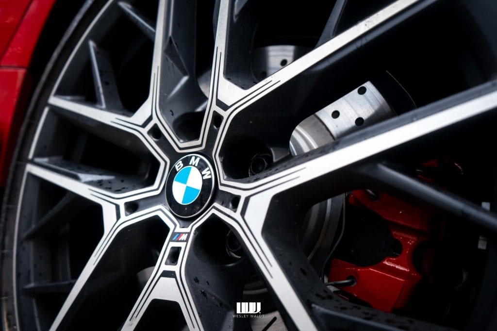 BMW M135i xDrive M Performance wielen