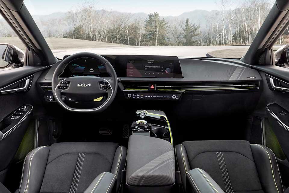 Groene details in het interieur van de EV6 GT