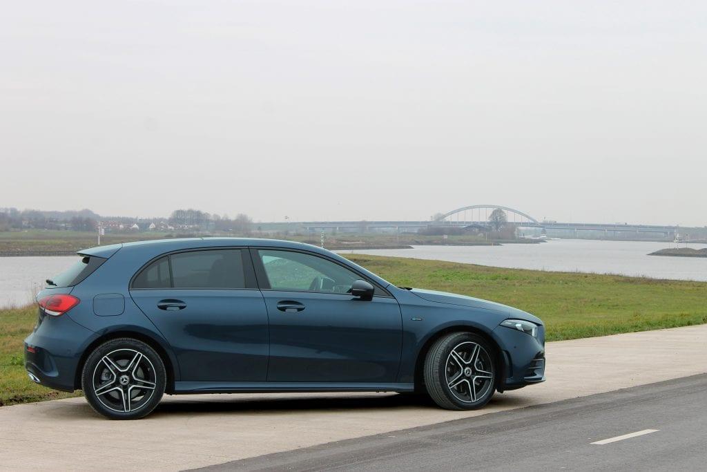 Mercedes A 250 e landscape